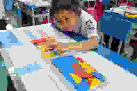 Điều lệ trường tiểu học: Không được ép học sinh mua tài liệu tham khảo