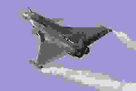 Ấn Độ biên chế 5 máy bay chiến đấu giữa lúc căng thẳng với Trung Quốc