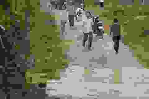 3 học sinh đuối nước thương tâm dưới khe suối