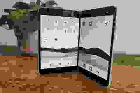 Chùm ảnh thực tế chiếc smartphone 2 màn hình Surface Duo của Microsoft
