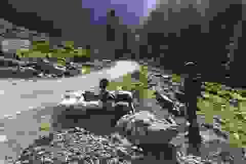 """Trung Quốc cáo buộc 5 người Ấn Độ là """"nhân viên tình báo giả làm thợ săn"""""""