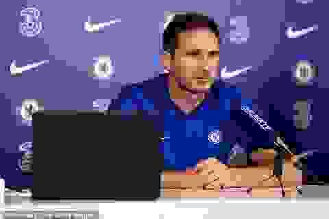 """HLV Lampard bất ngờ gọi đồng nghiệp Jurgen Klopp là """"đạo đức giả"""""""
