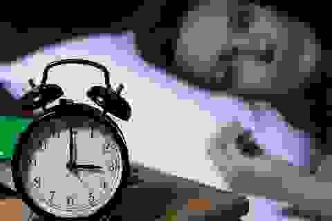 Thiếu ngủ làm tăng nguy cơ ung thư như thế nào?