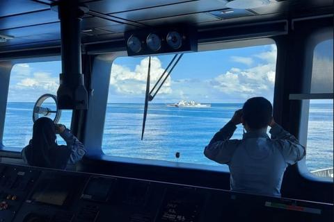 """Biển Đông """"nóng"""" vụ Indonesia đuổi tàu hải cảnh Trung Quốc"""