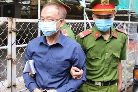 Cựu Phó Chủ tịch TPHCM Nguyễn Thành Tài hầu tòa