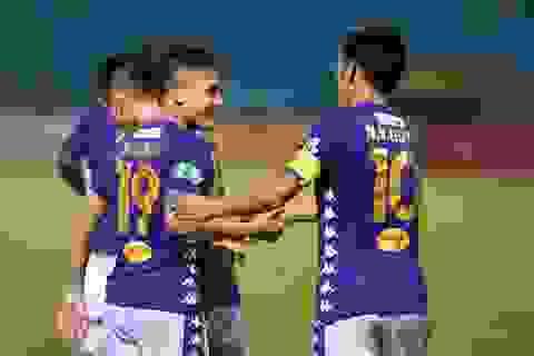 CLB Hà Nội 5-1 CLB TP.HCM: Văn Quyết, Quang Hải tỏa sáng rực rỡ