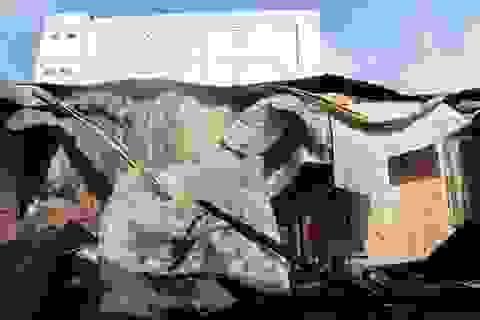 10 phòng trọ và nhà dân bị thiêu rụi sau tiếng nổ lớn