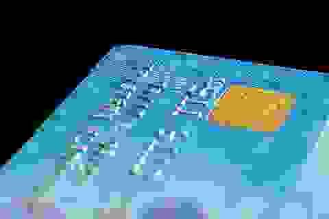 Cướp xong ví quay lại hỏi nạn nhân... mã pin thẻ ATM