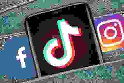 """""""Tuyệt vọng"""" vì sắp bị cấm, CEO TikTok nhờ Facebook và Instagram giúp đỡ"""