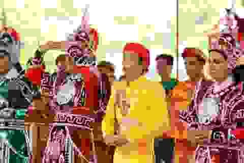 Hoài Linh thông báo không tổ chức Lễ giỗ Tổ Sân khấu vì ngại dịch Covid-19