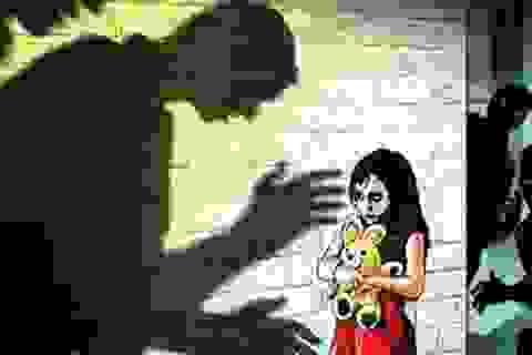 Nữ sinh lớp 9 nghi xâm hại có thai: Bàng hoàng quấy rối tình dục học đường