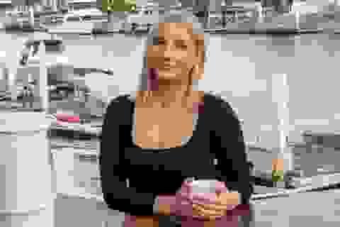 Cựu nữ cảnh sát tố bị đồng nghiệp quấy rối tình dục, lấy trộm ảnh khỏa thân