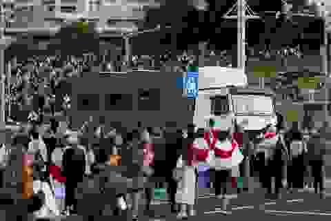 """""""Biển người"""" biểu tình sau khi Tổng thống Belarus bất ngờ nhậm chức lần 6"""