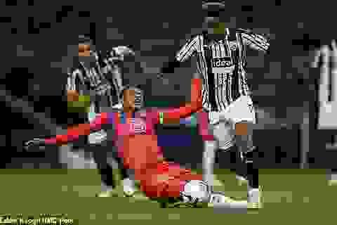 Mắc lỗi nghiêm trọng, Thiago Silva vẫn được HLV Frank Lampard khen ngợi