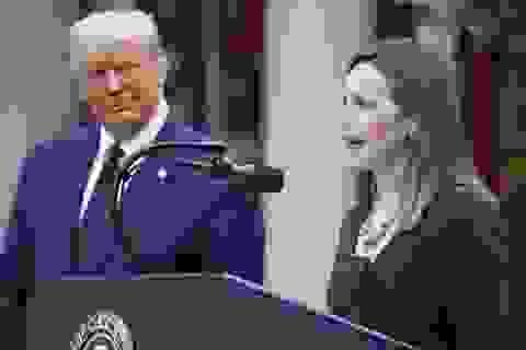 Ông Trump đề cử nữ thẩm phán quyền lực trước thềm bầu cử