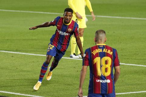 HLV Ronald Koeman nói gì sau chiến thắng đậm của Barcelona?