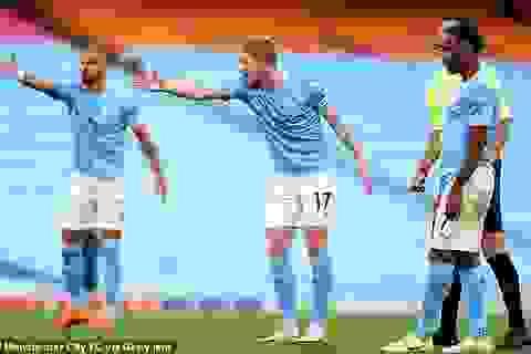 Man City thua tan nát, Liverpool được dự đoán sẽ vô địch Premier League