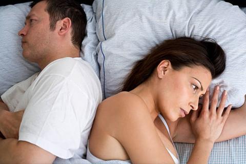 Mỗi ngày qua, đừng để hôn nhân cứ nhạt dần