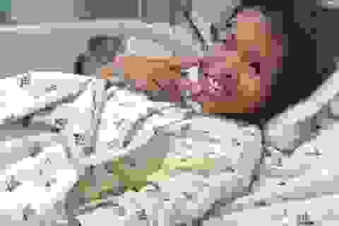 Buồn cha mẹ, bé gái 11 tuổi uống cả hộp thuốc ngủ