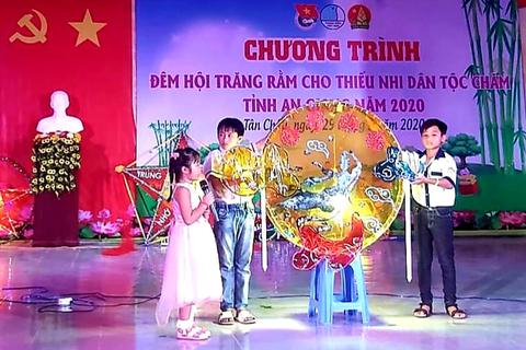 An Giang: Tổ chức Tết Trung thu cho thiếu nhi người dân tộc Chăm và Khmer