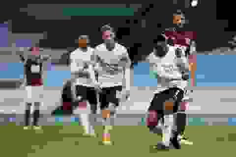 Sterling tỏa sáng, Man City dễ dàng vượt qua Burnley