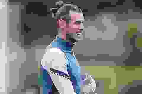 Cười tươi hết cỡ trên sân tập, Gareth Bale sẵn sàng trở lại