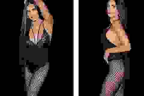 "58 tuổi, Demi Moore vẫn tự tin mặc đồ ""mát mẻ"""