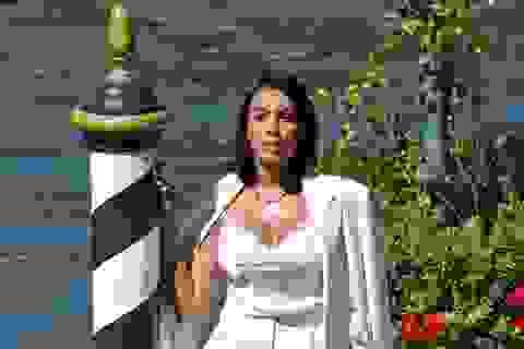 Bạn gái C.Ronaldo diện bikini khoe dáng gợi cảm trên du thuyền