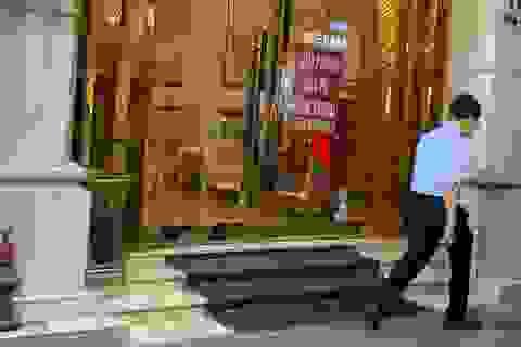 Khách sạn cao cấp vắng khách, giảm giá vẫn khó cứu vãn