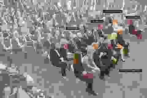 Covid-19 lan rộng trong Nhà Trắng, nhiều quan chức, phóng viên dương tính