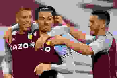 Aston Villa 7-2 Liverpool: Thảm họa với nhà vô địch
