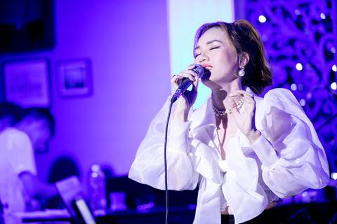 Hoài Trinh tổ chức đêm nhạc kỷ niệm 20 năm hoạt động nghệ thuật