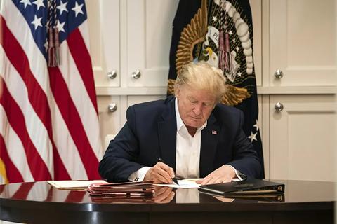 """Cố vấn an ninh nói ông Trump """"rất khỏe"""""""