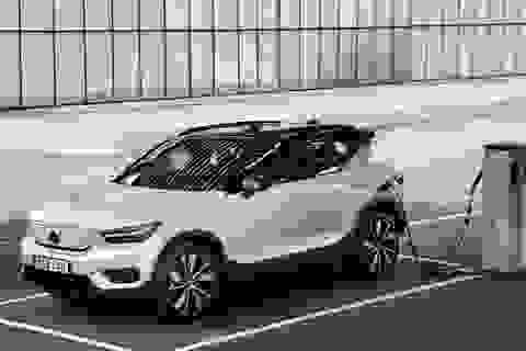 """Mẫu xe chạy điện đầu tiên của Volvo chưa sản xuất đã """"cháy hàng"""""""