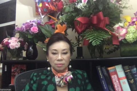 """""""Quy ẩn"""" 8 năm, bà Đặng Thị Hoàng Yến đang giàu thêm với cổ phiếu"""