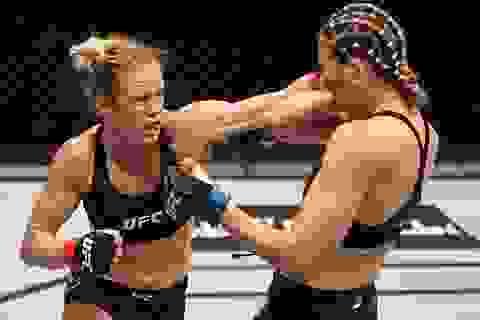 """Nữ võ sĩ thề """"rửa hận"""" sau khi bị đối thủ đánh bại cay đắng"""