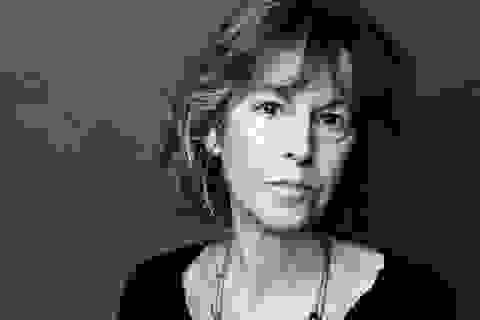Nữ nhà thơ người Mỹ Louise Glück đoạt giải Nobel Văn học 2020