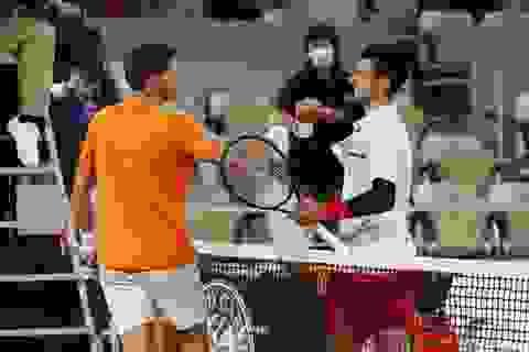 Novak Djokovic bị đối thủ tố giả chấn thương, cố tình sử dụng chiêu trò