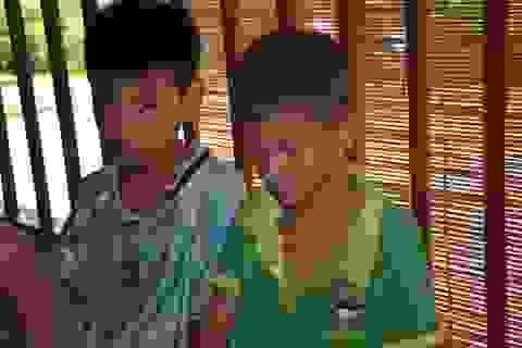 Người cha ngã xuống vực nằm liệt, 2 con thơ phải nghỉ học vì gia cảnh nghèo