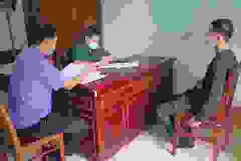 Bắt giữ 10 đối tượng xuất cảnh trái phép sang Lào