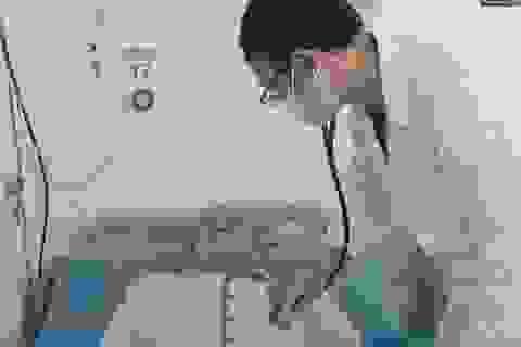 Đang ngủ tim đột ngột ngừng đập, ngực nóng rực, bác sĩ chỉ rõ nguyên nhân