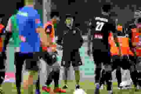 HLV Nishino muốn các tân binh tuyển Thái Lan chơi theo phong cách Nhật