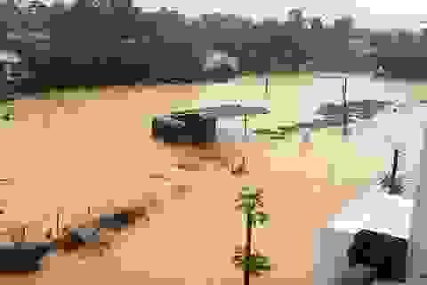 Học sinh Thừa Thiên Huế, Đà Nẵng tiếp tục nghỉ học vì mưa lũ