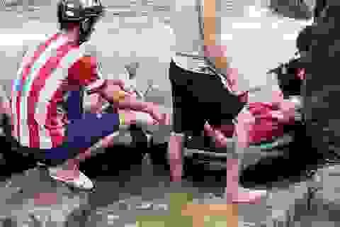 Đi đánh cá khi mưa lớn, người đàn ông trượt chân xuống suối tử vong