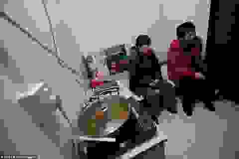 Cuộc sống tù túng trong những căn nhà hộp diêm dưới lòng đất Bắc Kinh