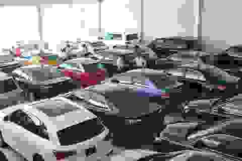 Nên mua ô tô đời 2019 giảm trăm triệu đồng hay chờ phiên bản mới?