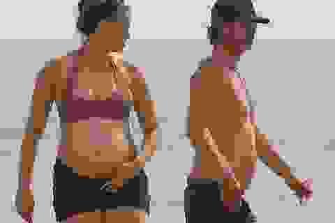 Người mẫu 9X April Love Geary thừa nhận mang thai lần 3 ngoài kế hoạch