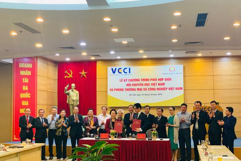 VCCI và Hội Khuyến học Việt Nam đẩy mạnh công tác khuyến học, khuyến tài