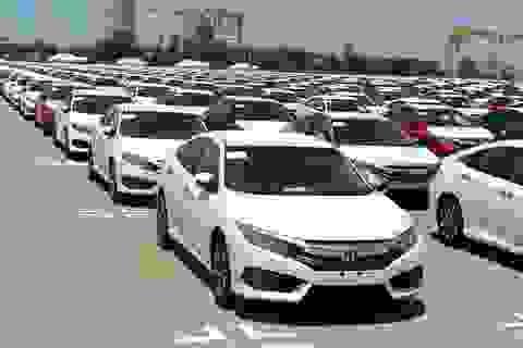 """Hãng xe chạy """"bão"""" doanh số, ô tô Indonesia về Việt Nam giá rẻ giật mình"""