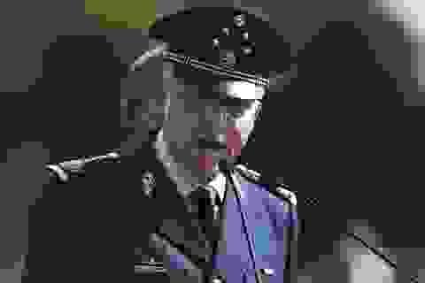 """Rúng động vụ cựu bộ trưởng quốc phòng bị nghi là """"bố già"""" ma túy"""